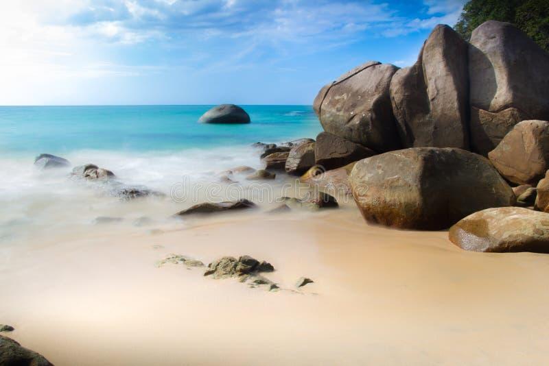 Praia pequena da areia, Tailândia fotos de stock royalty free