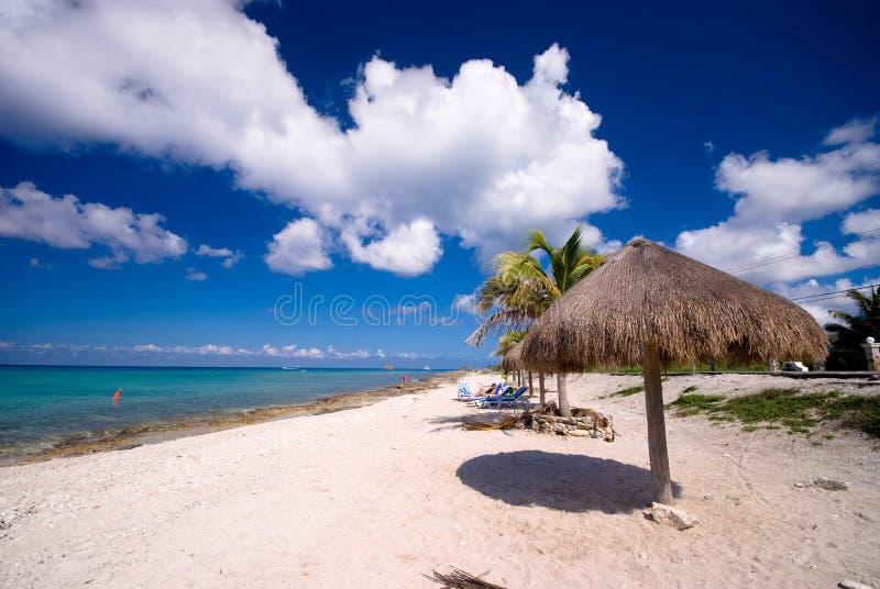 Praia pequena em Cozumel, México imagem de stock