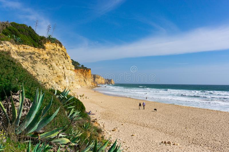 Praia tranquilo de Porto de MOS da cena da praia fotos de stock royalty free