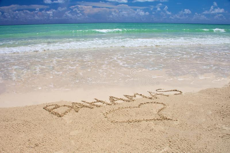 Praia tropical de Bahamas fotos de stock royalty free