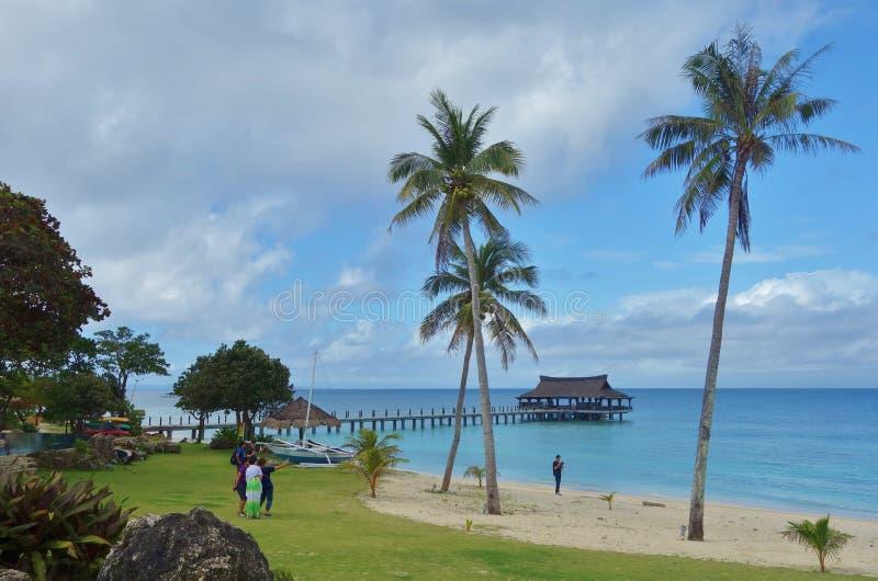 Praia tropical do console imagens de stock
