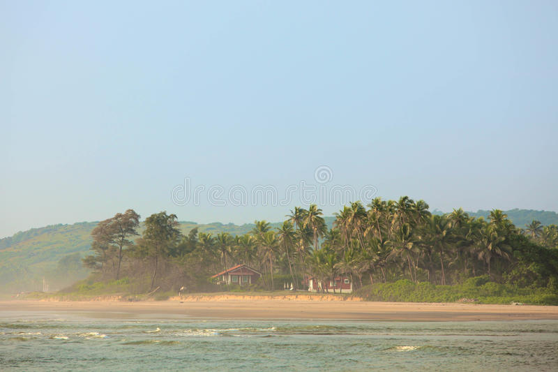 Praia tropical em Goa fotografia de stock