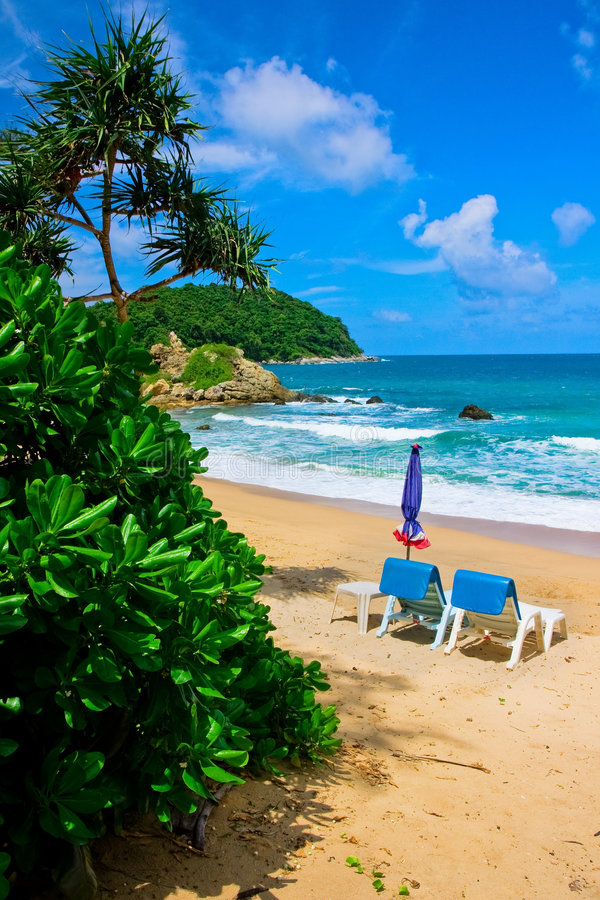 Praia tropical em Phuket fotografia de stock royalty free