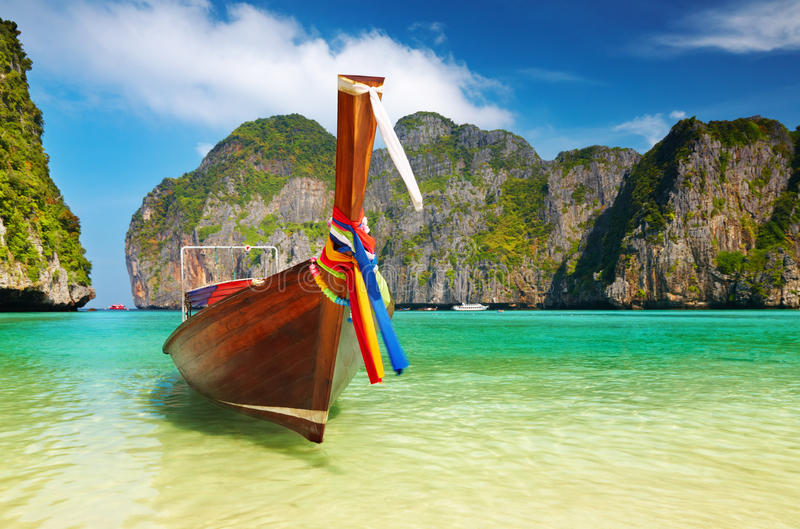 Praia tropical, louro do Maya, Tailândia imagem de stock royalty free