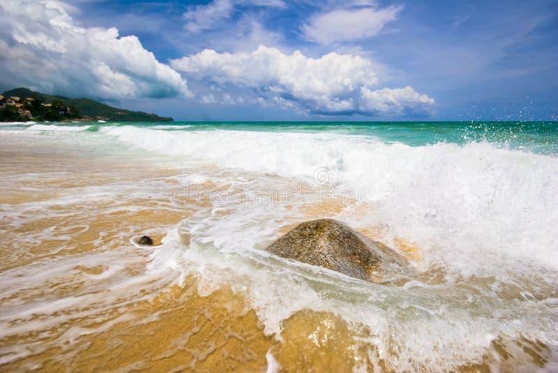 Praia tropical sonhadora fotos de stock royalty free