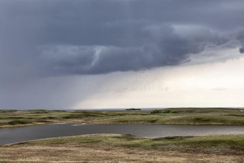 Prairieonweerswolken stock afbeeldingen