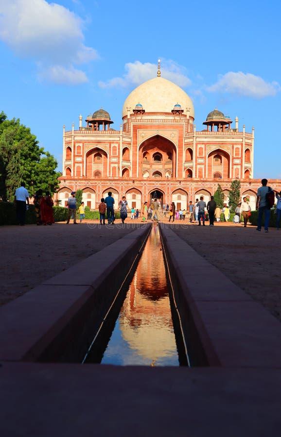 Prakt av historiska monumentHumayuns gravvalv p? New Delhi - bild fotografering för bildbyråer