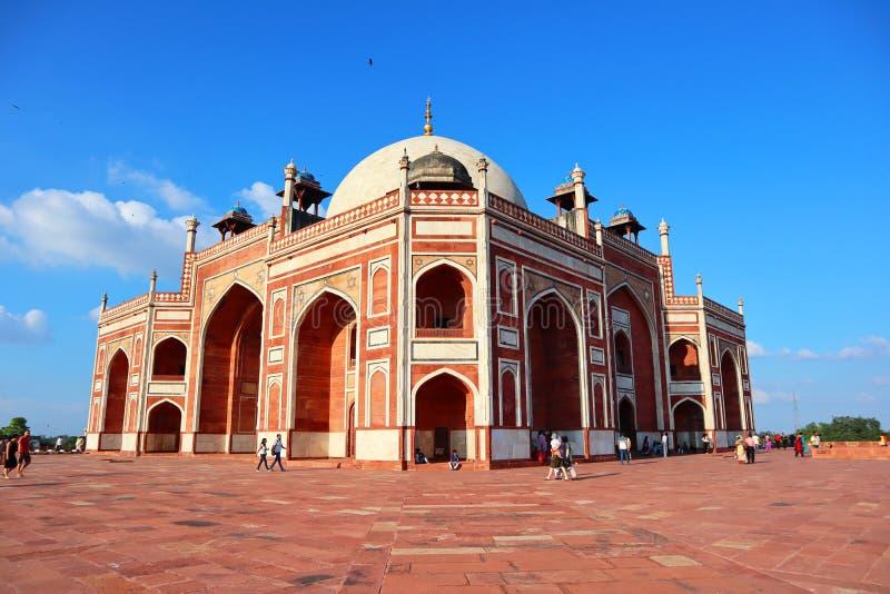 Prakt av historiska monumentHumayuns gravvalv p? New Delhi - bild royaltyfri foto