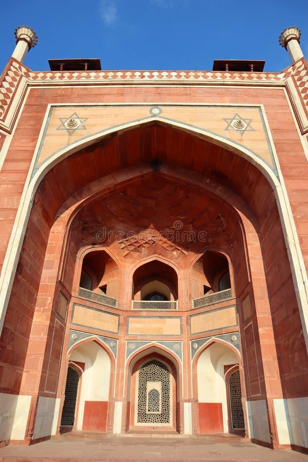 Prakt av historiska monumentHumayuns gravvalv p? New Delhi - bild arkivbilder