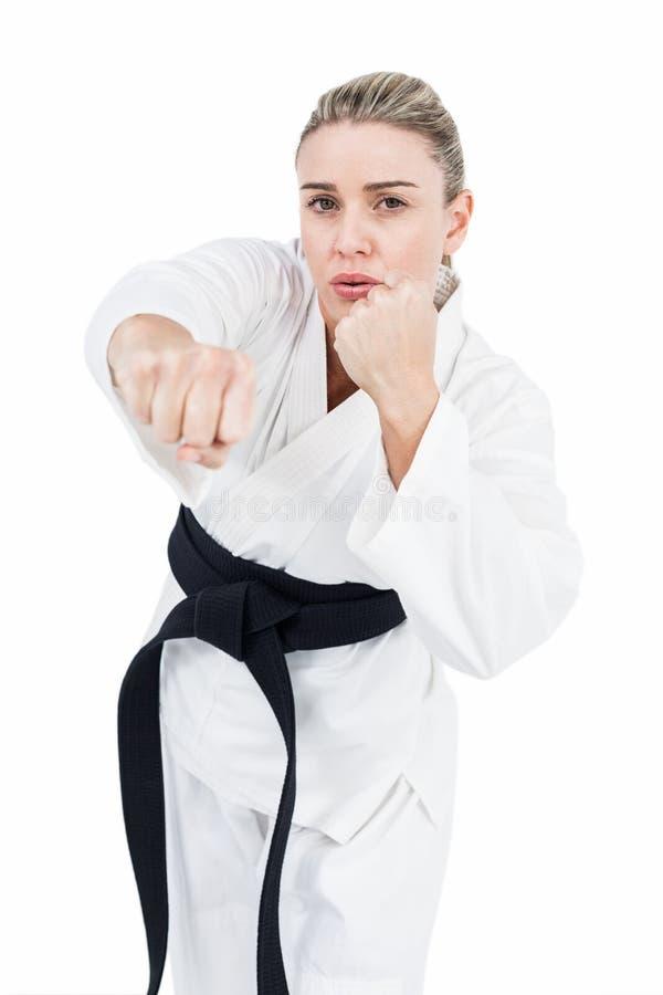 Praktiserande judon för kvinnlig idrottsman nen arkivbilder