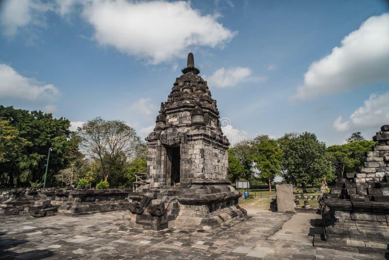 Prambanan или Candi Rara Jonggrang смесь индусского виска в Ява, Индонезии, предназначенной к Trimurti: создатель Brahma, стоковое изображение