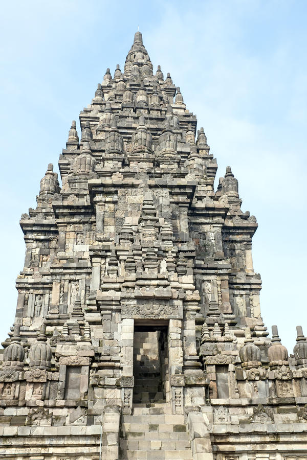 Prambanan o Candi Rara Jonggrang es un templo hindú en Java Indonesia fotos de archivo