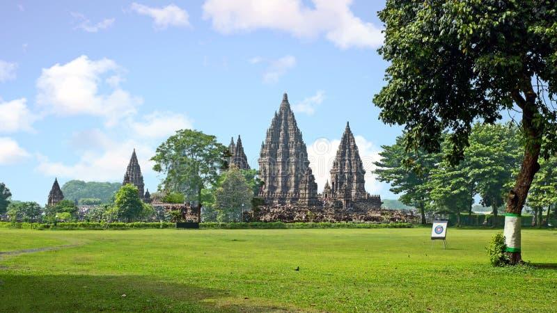 Prambanan oder Candi Rara Jonggrang ist ein Mittel des hindischen Tempels herein lizenzfreies stockfoto