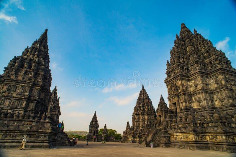 Prambanan oder Candi Rara Jonggrang ist ein Mittel des hindischen Tempels in Java, Indonesien, eingeweiht dem Trimurti: der Schöp lizenzfreie stockfotos