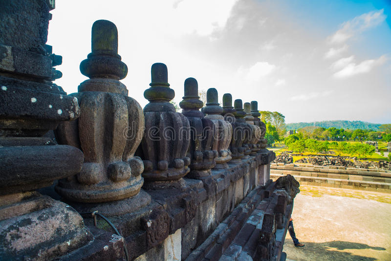 Prambanan ou Candi Rara Jonggrang são um composto do templo hindu em Java, Indonésia, dedicada ao Trimurti: o criador Brahma, imagens de stock royalty free