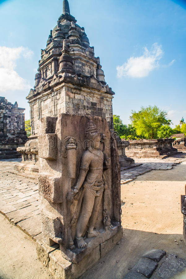 Prambanan ou Candi Rara Jonggrang são um composto do templo hindu em Java, Indonésia, dedicada ao Trimurti: o criador Brahma, imagens de stock