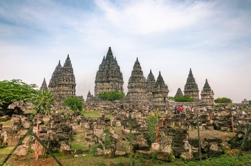 PrambanelTemple Complex, eller Rara Jonggrang, i Yogyakarta, Indonesien den 26 december 2019 royaltyfri bild
