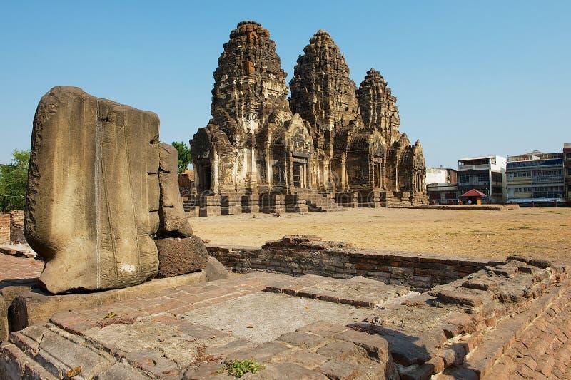 Prang Sam Yot, ursprünglich ein hindischer Schrein, umgewandelt bis ein buddhistisches in Lopburi, Thailand lizenzfreies stockbild