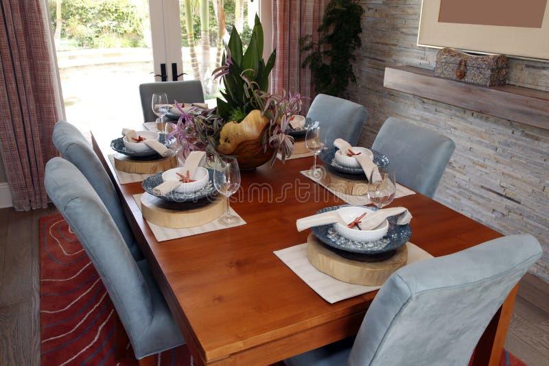 pranzare stanza di lusso domestica immagine stock