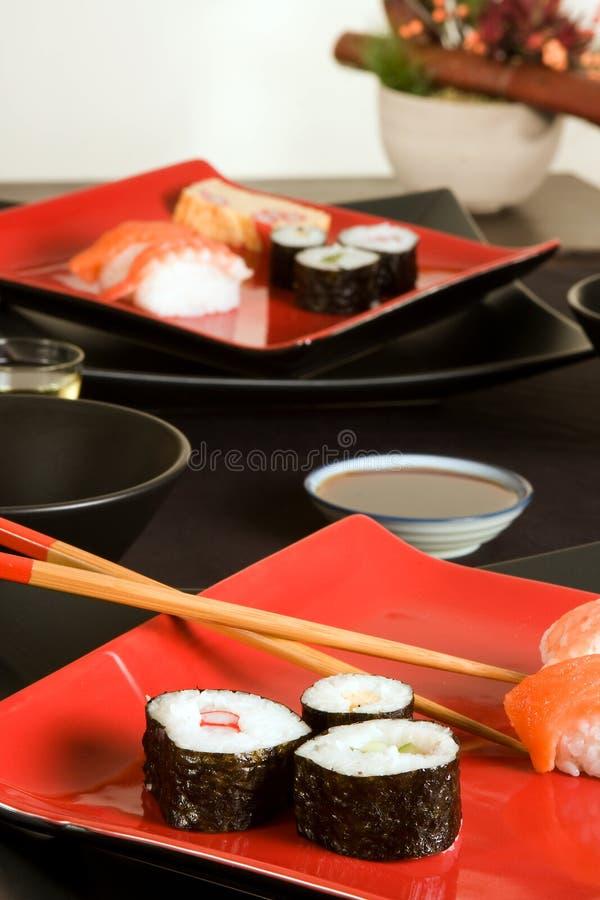 Download Pranzo dei sushi immagine stock. Immagine di guarnisca - 7306565