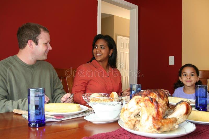 Pranzo della famiglia di ringraziamento fotografia stock