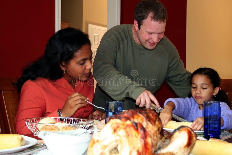 Pranzo della famiglia di ringraziamento immagine stock