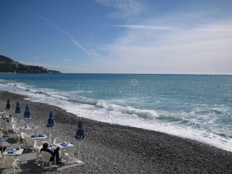 Pranzo di inverno sulla spiaggia fotografie stock libere da diritti