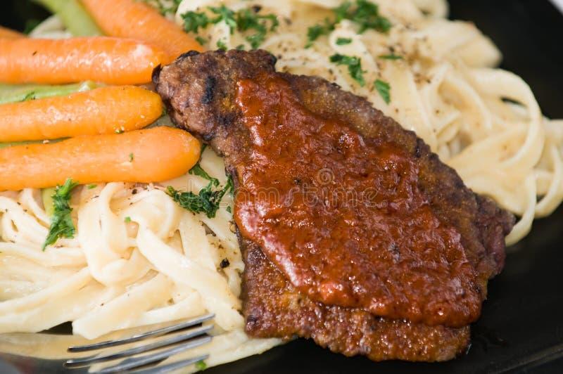 Pranzo gastronomico del vitello fotografia stock