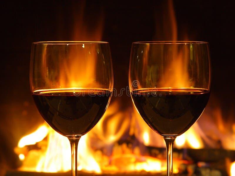 Pranzo romantico, due vetri immagine stock libera da diritti