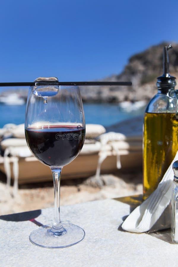 Pranzo sul mar Mediterraneo immagini stock libere da diritti