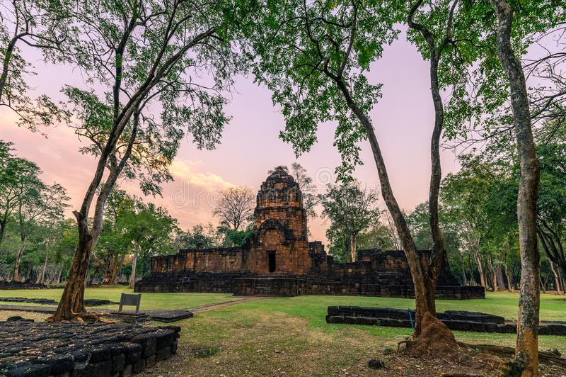 Prasat Muang Sing sind alte Ruinen des Khmertempels im historischen Park lizenzfreies stockbild