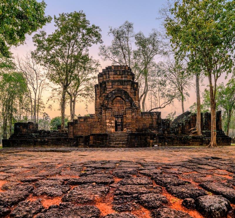 Prasat Muang Sing sind alte Ruinen des Khmertempels im historischen Park lizenzfreie stockfotografie