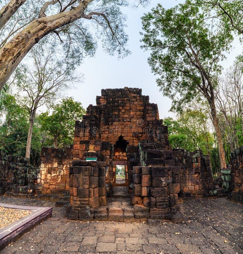 Prasat Muang Sing sind alte Ruinen des Khmertempels im historischen Park stockfotografie