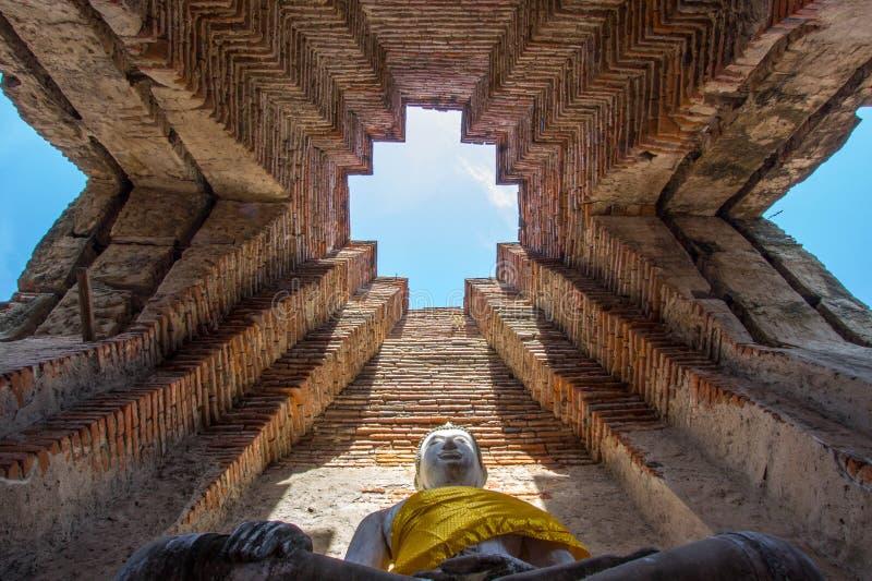 Old Buddha statue at Wat Prasat Nakorn Luang,Amphoe Nakorn Luang,Phra Nakorn Si Ayutthaya,Thailand. Prasat Nakorn Luang is located in Amphoe Nakorn Luang near royalty free stock photos