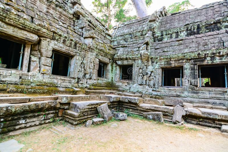 Prasat Ta Phrohm是在古老高棉期间修造的一座石城堡 库存图片
