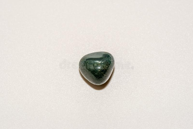 Prasiolite zieleni kwarcowy Piękny naturalny krystaliczny gemstone Makro- strzał obraz royalty free