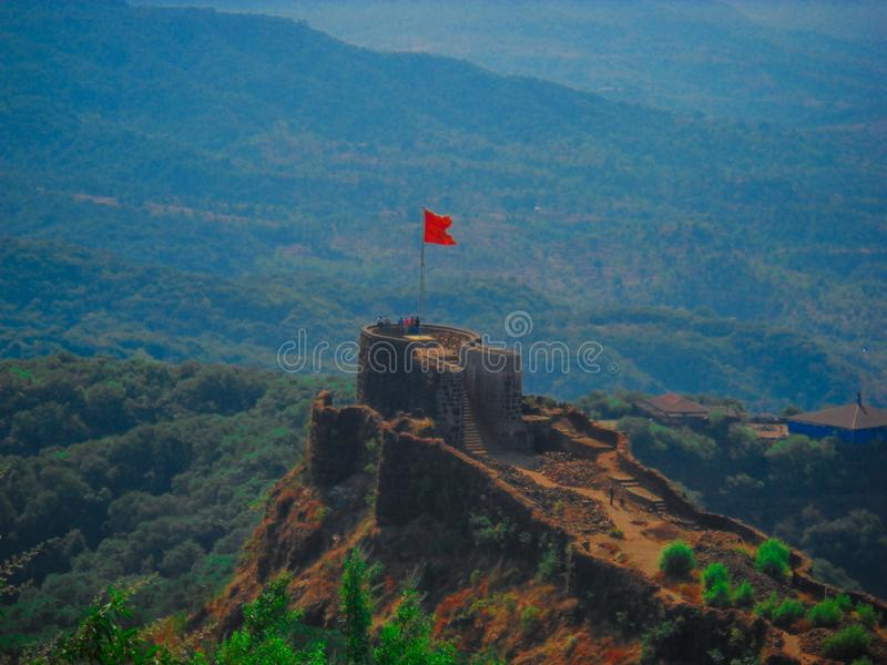 Pratapgad,一个古老堡垒在马哈拉施特拉,印度 免版税图库摄影