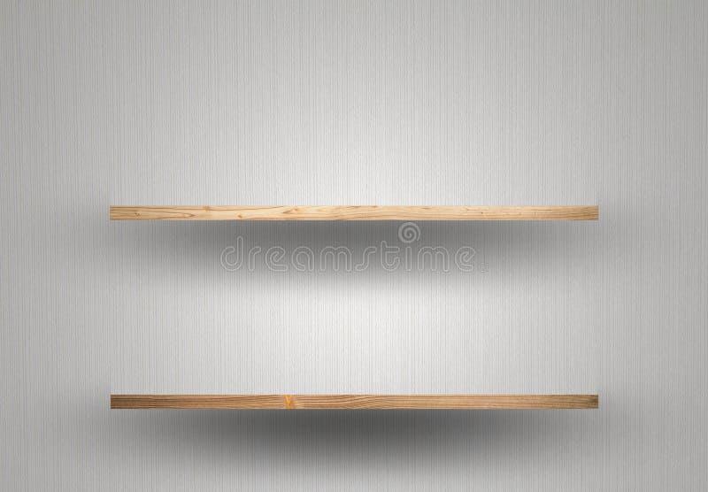 Prateleira de madeira vazia na parede fotos de stock royalty free