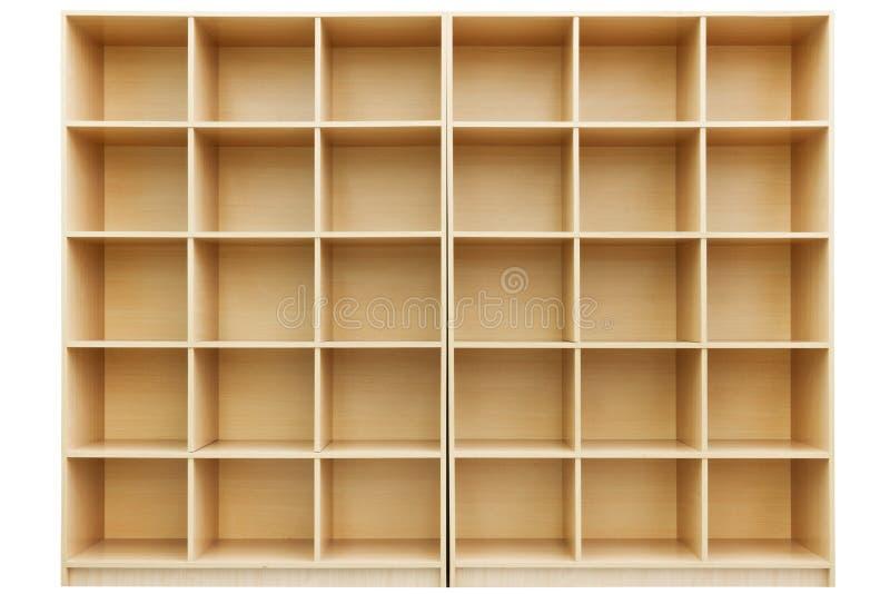 Prateleiras, caixa de madeira pequena com pilhas fotografia de stock royalty free