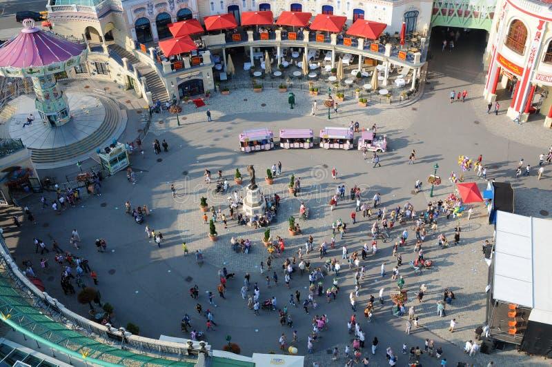 Prater en Viena, centro de la atracción para los turistas fotos de archivo