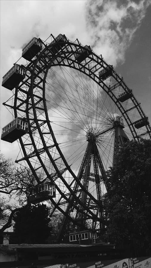 Prater preto e branco de Ferriswheel Áustria Viena fotografia de stock royalty free