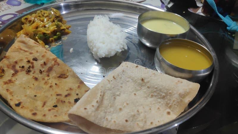 Prato básico de refeição na Índia imagens de stock royalty free