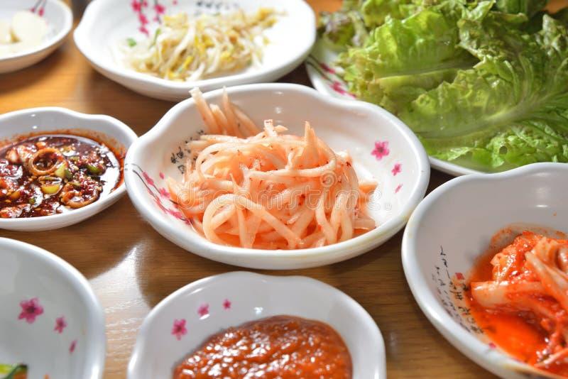 Prato coreano do kimchi imagens de stock