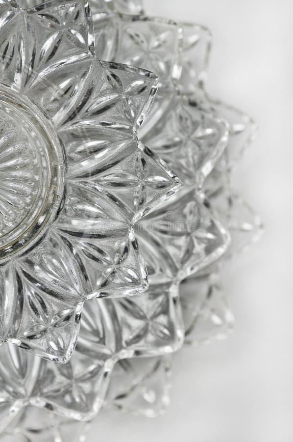 Prato de serviço de cristal na posição vertical foto de stock royalty free