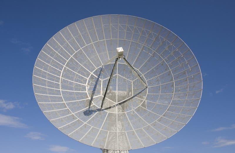 Prato grande do telescópio de rádio fotografia de stock royalty free