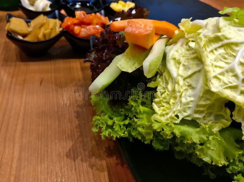 Prato lateral coreano composto por vegetais e especiarias fotografia de stock royalty free