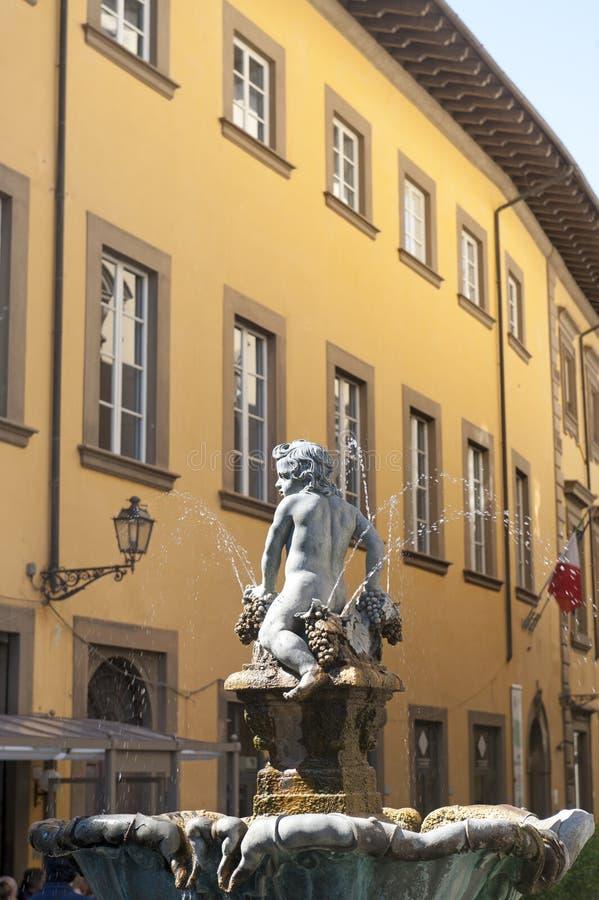Prato (Toscanië), oude fontein stock foto's