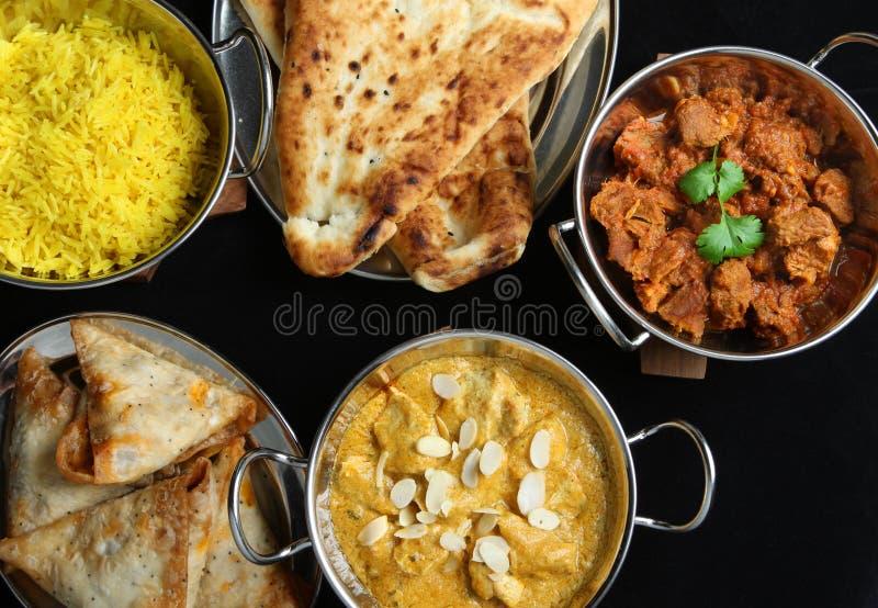 Pratos indianos da refeição do caril do alimento imagens de stock