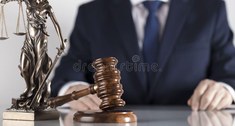 Prawa i sprawiedliwości temat Radca prawny biuro Miejsce dla typografii obrazy stock