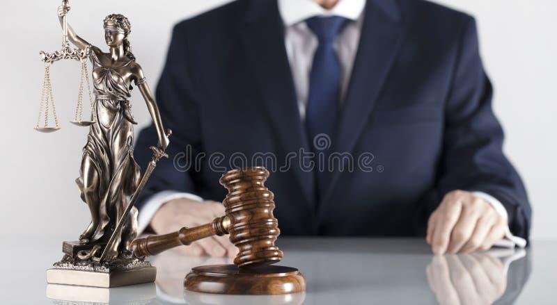 Prawa i sprawiedliwości temat Radca prawny biuro Miejsce dla typografii zdjęcia royalty free